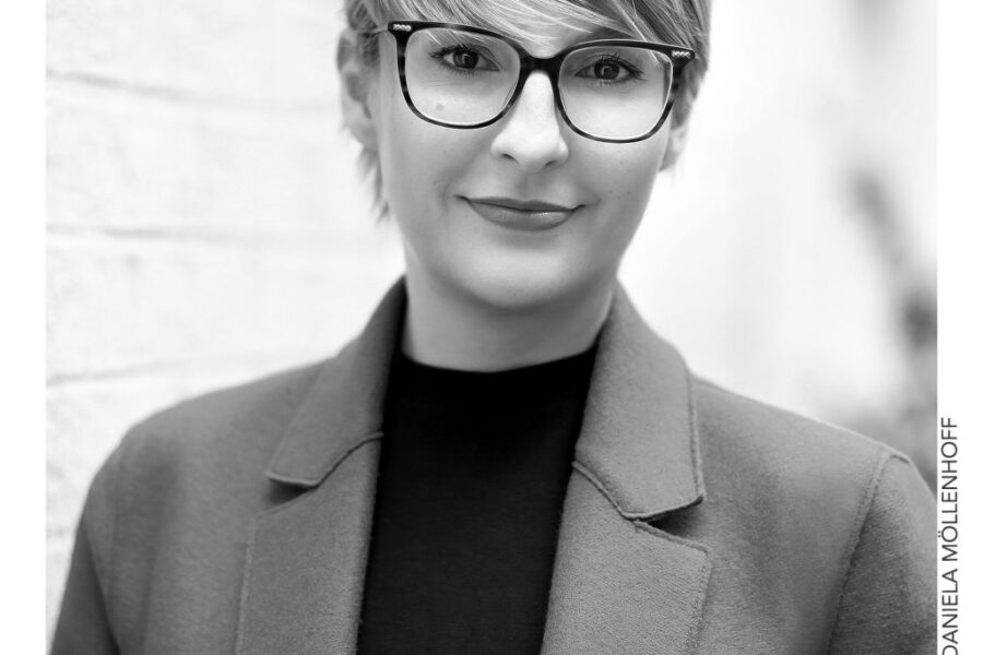 Sonja Naber steigt als Senior Transaction Manager bei der redos Gruppe ein