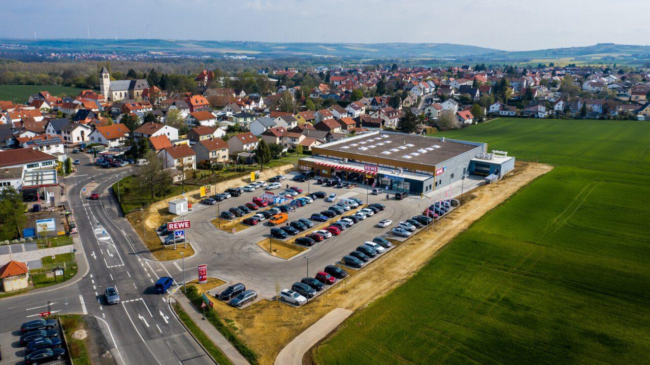 redos erwirbt REWE-Verbrauchermarkt in Hettenleidelheim