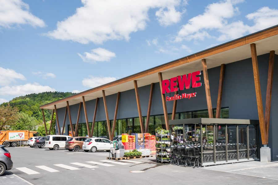 redos Group expands its portfolio further – shopping centre acquired in Ebermannstadt